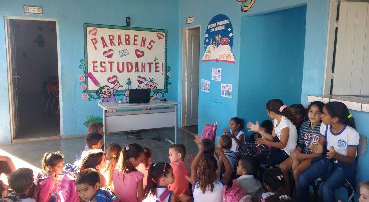 No Dia do Estudante, Escola Municipal Francisco Vital da Cunha Homenageia seus Alunos