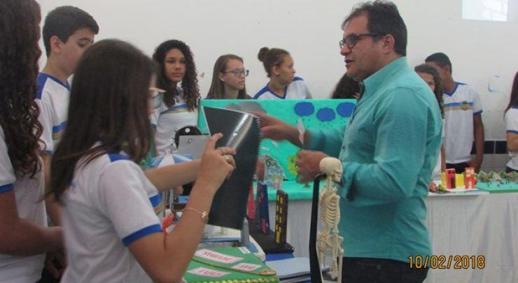Escola José Neri realiza o dia da Família na Escola