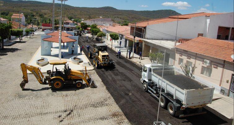 Iniciada Obra de Pavimentação Asfáltica em Ruas do Centro de Doutor Severiano