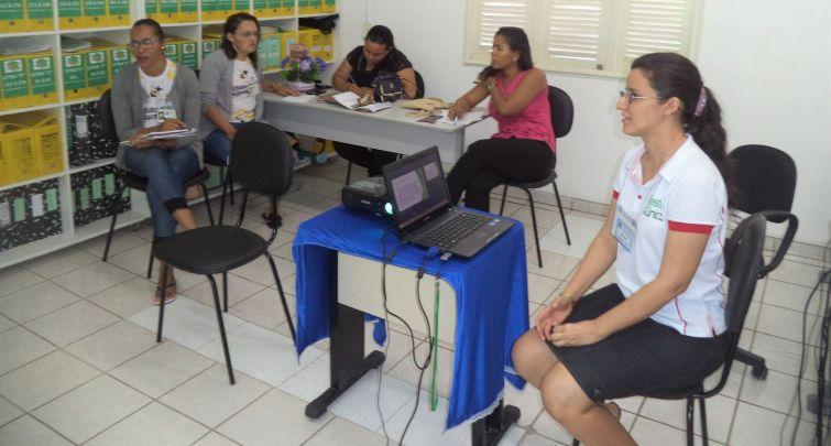 Capacitação para os visitadores do Programa Criança Feliz