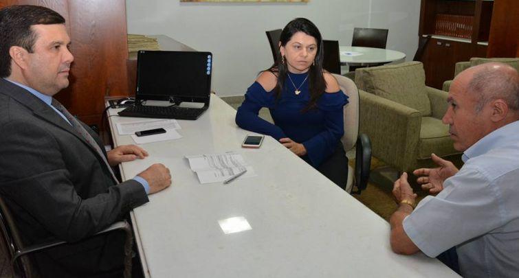 Prefeito Municipal Francisco Neri participa do encontro da Federação dos Municípios do Rio Grande do Norte - FEMURN