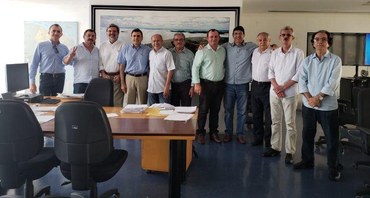 Prefeitos da região se unem em busca de resolver em definitivo o problema da água nos municípios
